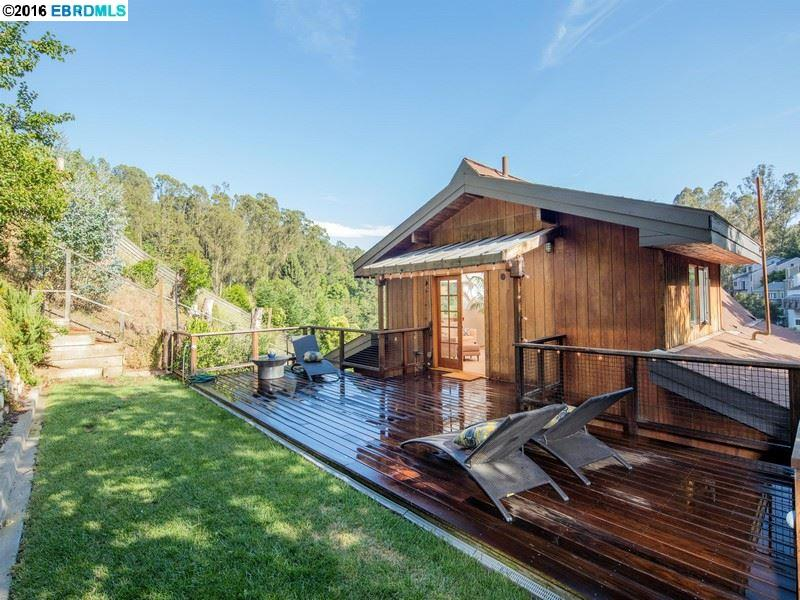 Additional photo for property listing at 6790 PINEHAVEN Road  Oakland, Californie 94611 États-Unis