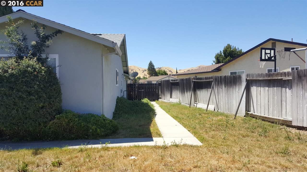Additional photo for property listing at 3939 MEADOWBROOK Circle  Pittsburg, California 94565 United States
