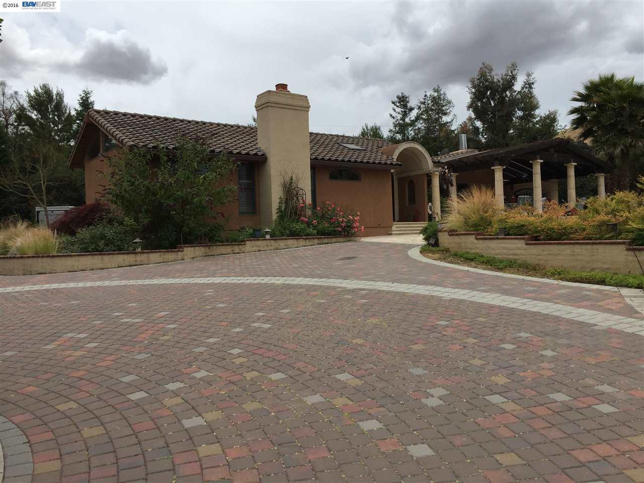 Terrain pour l Vente à 7484 Sheridan Road Sunol, Californie 94586 États-Unis