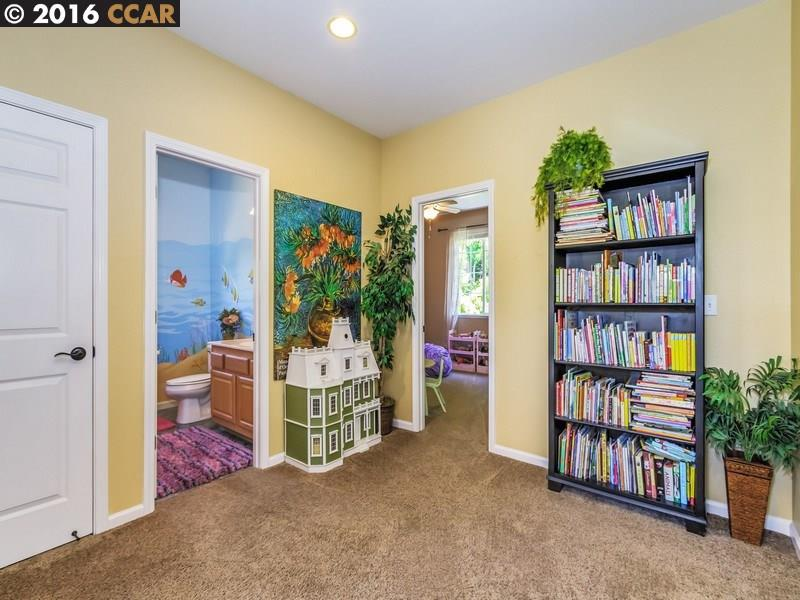 Additional photo for property listing at 60 CASABLANCA Street  Danville, California 94506 Estados Unidos