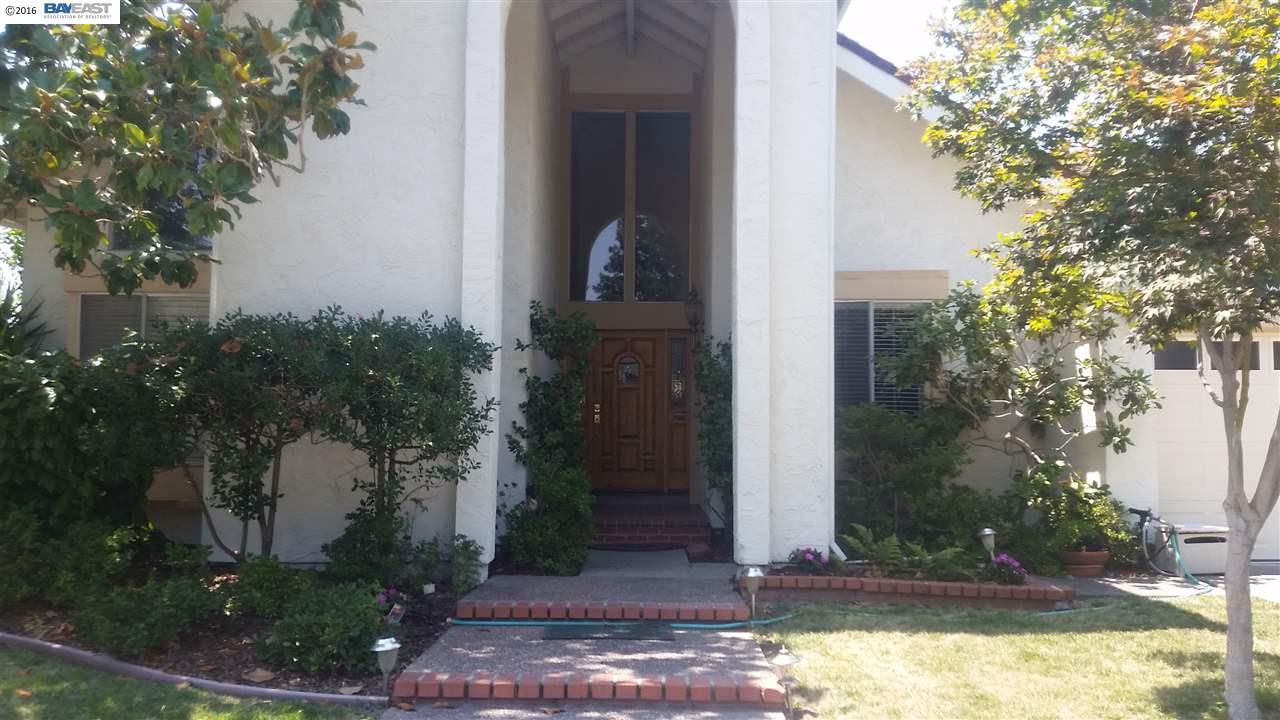 Additional photo for property listing at 9725 Blue Mound Drive  San Ramon, Калифорния 94583 Соединенные Штаты