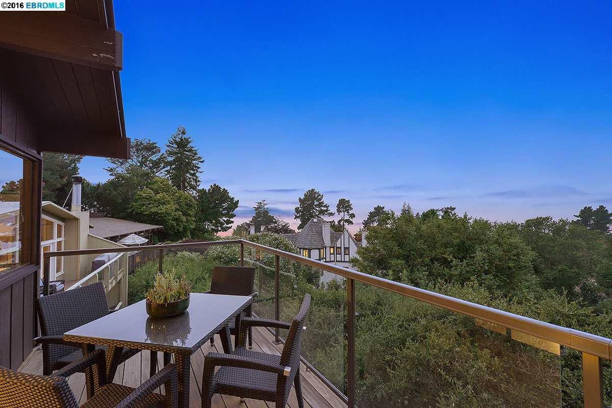 Additional photo for property listing at 6255 CASTLE Drive  Oakland, California 94611 Estados Unidos