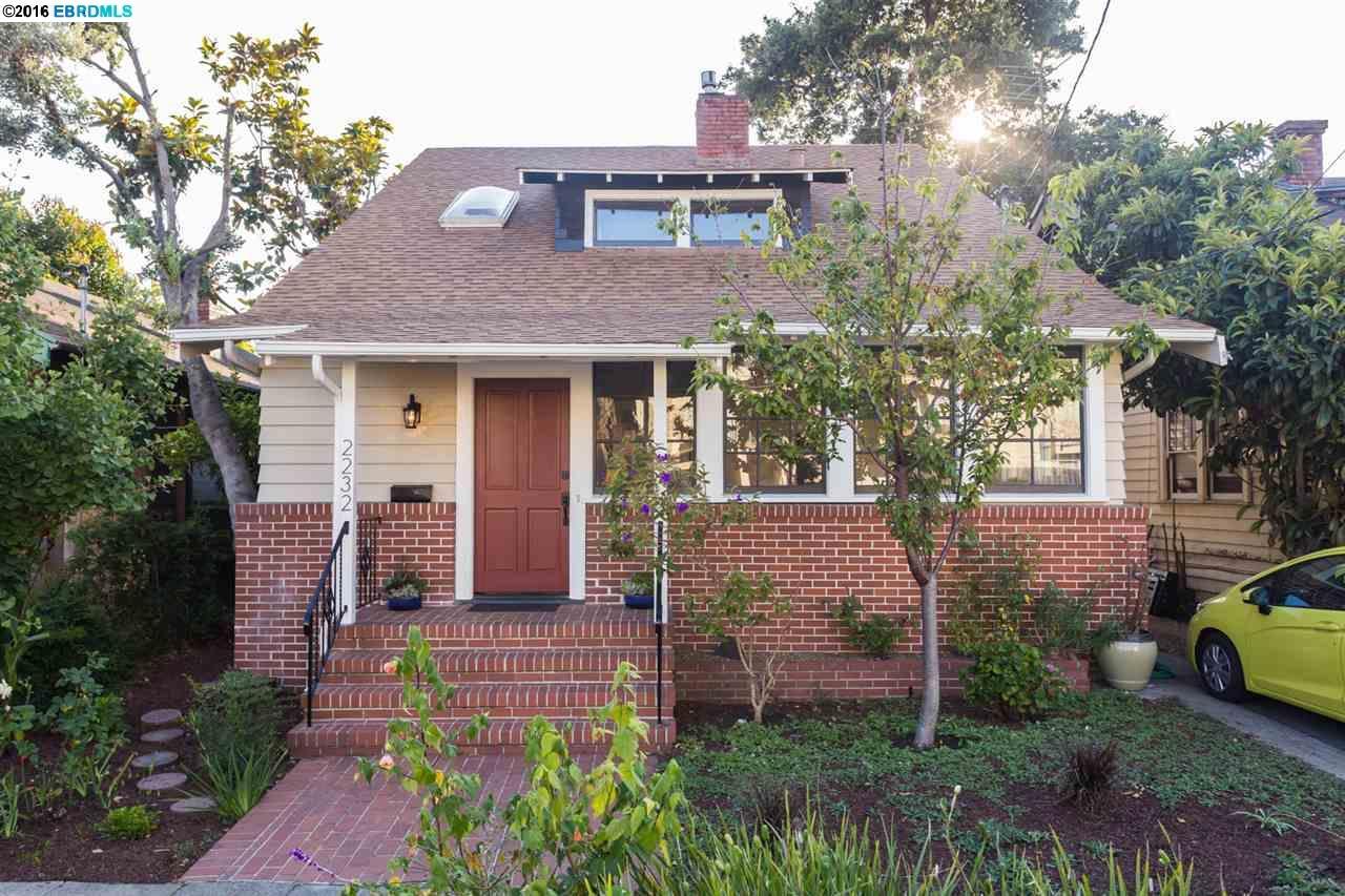 Многосемейный дом для того Продажа на 2232 McGee Avenue Berkeley, Калифорния 94703 Соединенные Штаты