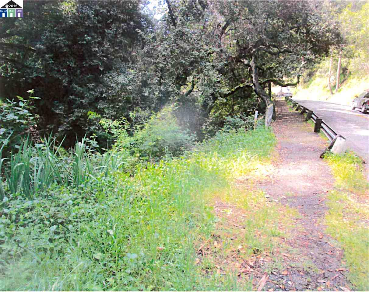 Land for Sale at 5742 Ascot Drive 5742 Ascot Drive Oakland, California 94603 United States