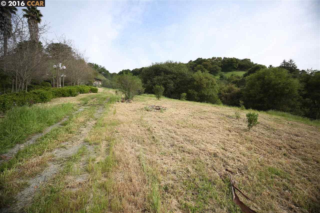 土地 為 出售 在 52 COACHWOOD TER 52 COACHWOOD TER Orinda, 加利福尼亞州 94563 美國