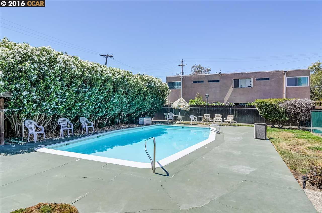 Single Family Home for Sale at 1560 PINE Street Concord, California 94520 United States