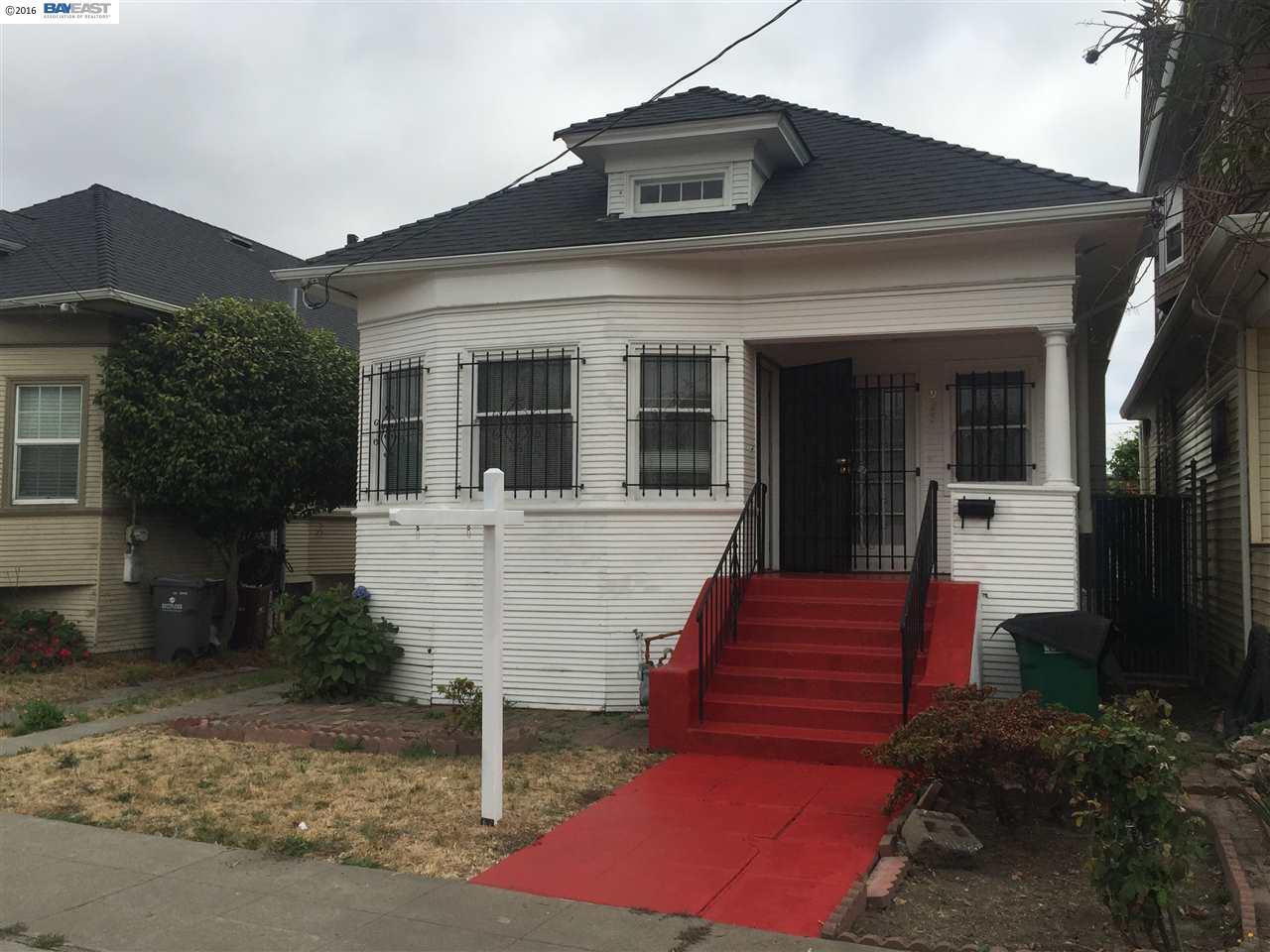 واحد منزل الأسرة للـ Sale في 927 33RD Street Oakland, California 94608 United States