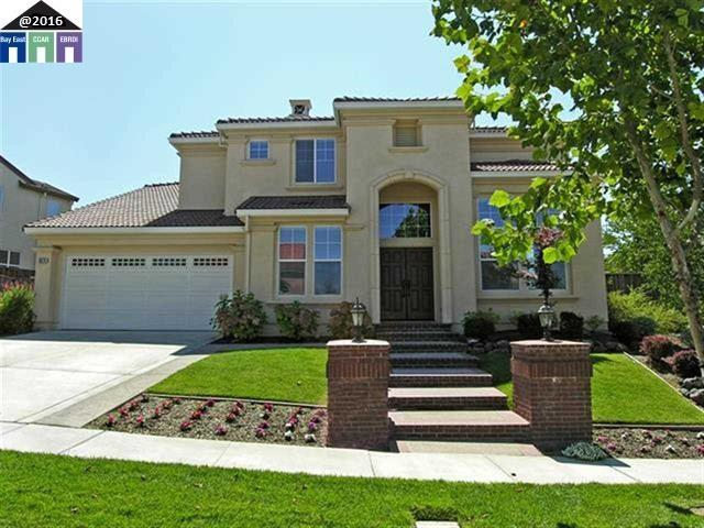Single Family Home for Rent at 9670 Velvetleaf Circle 9670 Velvetleaf Circle San Ramon, California 94582 United States