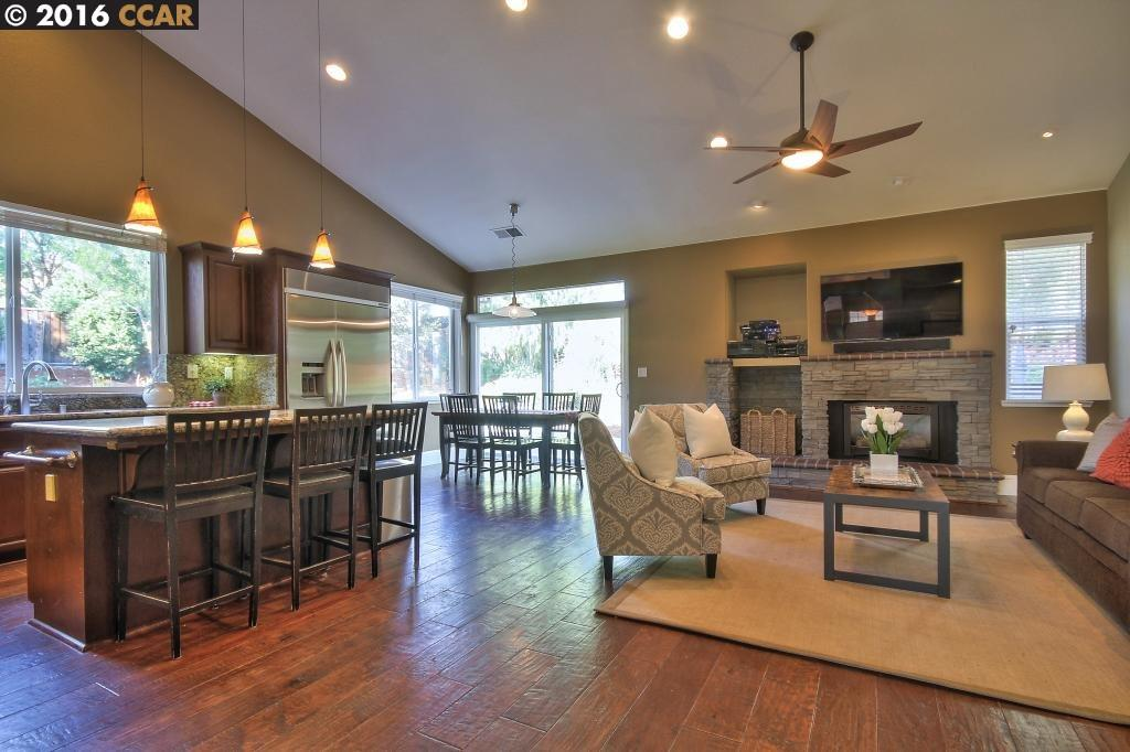 Additional photo for property listing at 1980 HOLLY CREEK Place  Concord, 加利福尼亞州 94521 美國