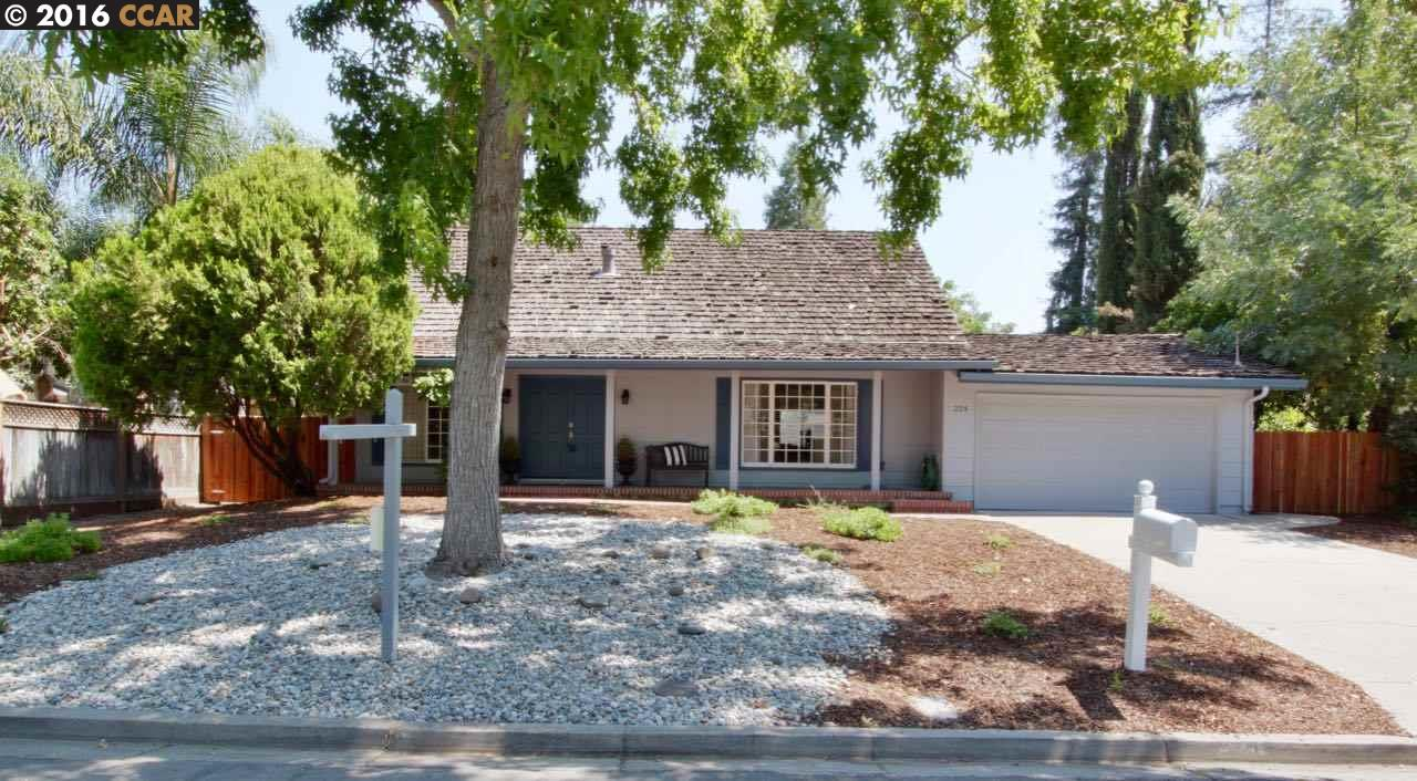 Single Family Home for Sale at 224 BELGIAN Drive Danville, California 94526 United States