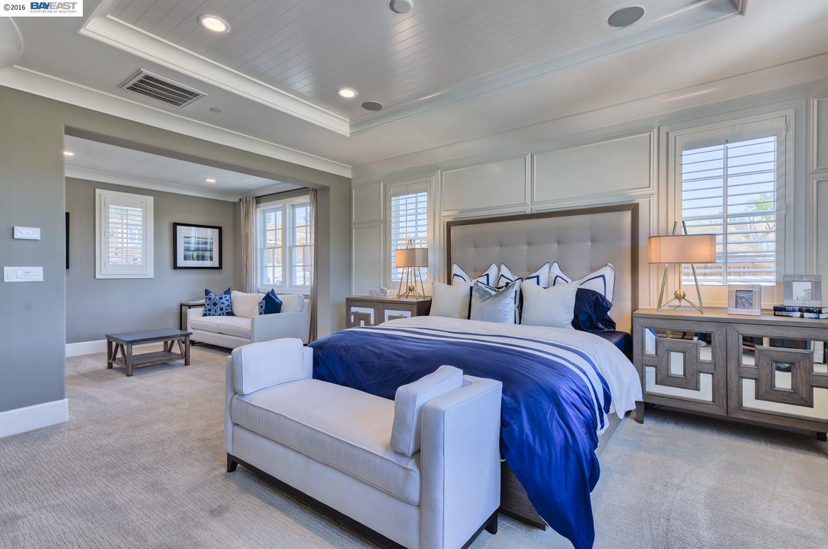 Single Family Home for Sale at 181 Willowbrook Lane Moraga, California 94556 United States
