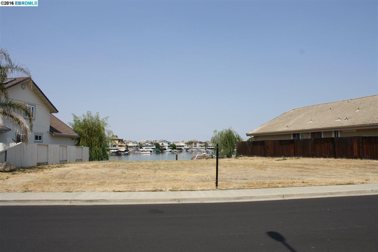 أراضي للـ Sale في 4305 DRIFTWOOD Place Discovery Bay, California 94505 United States