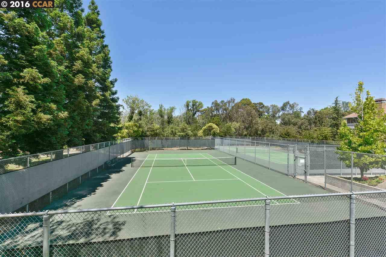 Additional photo for property listing at 412 MILL Road  Martinez, California 94553 Estados Unidos