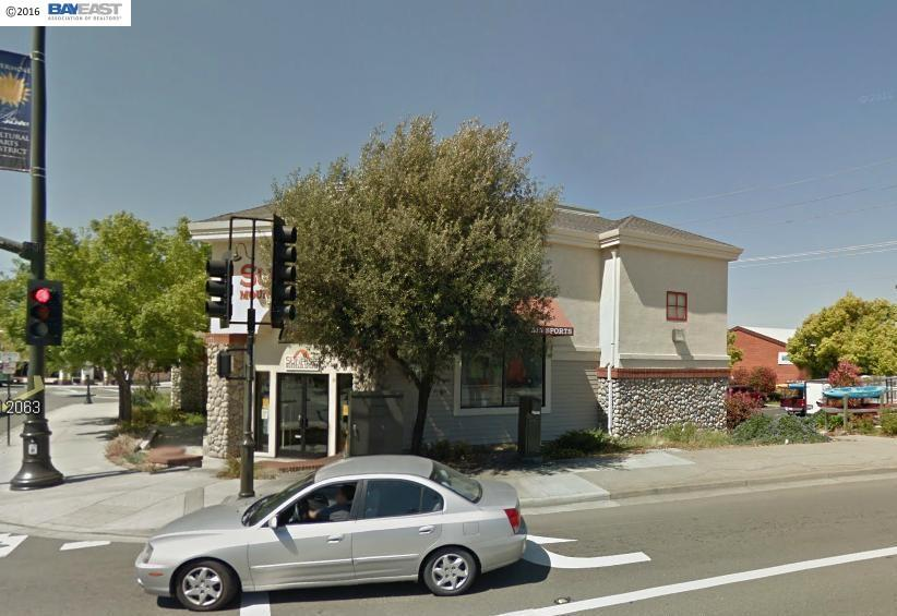 Comercial por un Venta en 2455 Railroad Avenue 2455 Railroad Avenue Livermore, California 94550 Estados Unidos