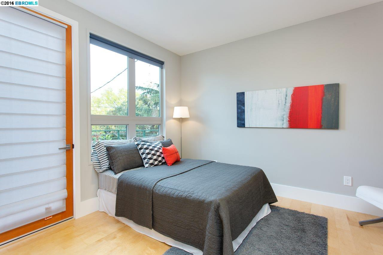 Additional photo for property listing at 2749A Acton Street  Berkeley, California 94702 United States