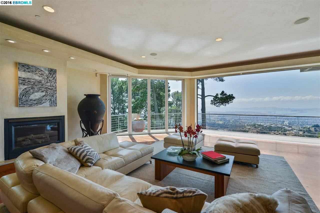 Oakland                                                                      , CA - $3,995,000
