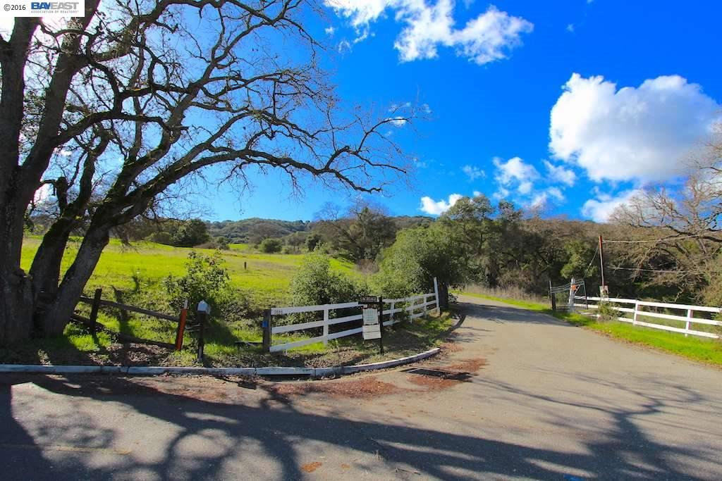 Land for Sale at 3678 Foothill Road Pleasanton, California 94588 United States