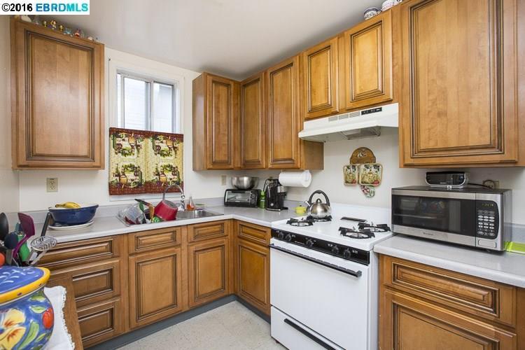 Additional photo for property listing at 1000 39th STREET  Oakland, Калифорния 94608 Соединенные Штаты