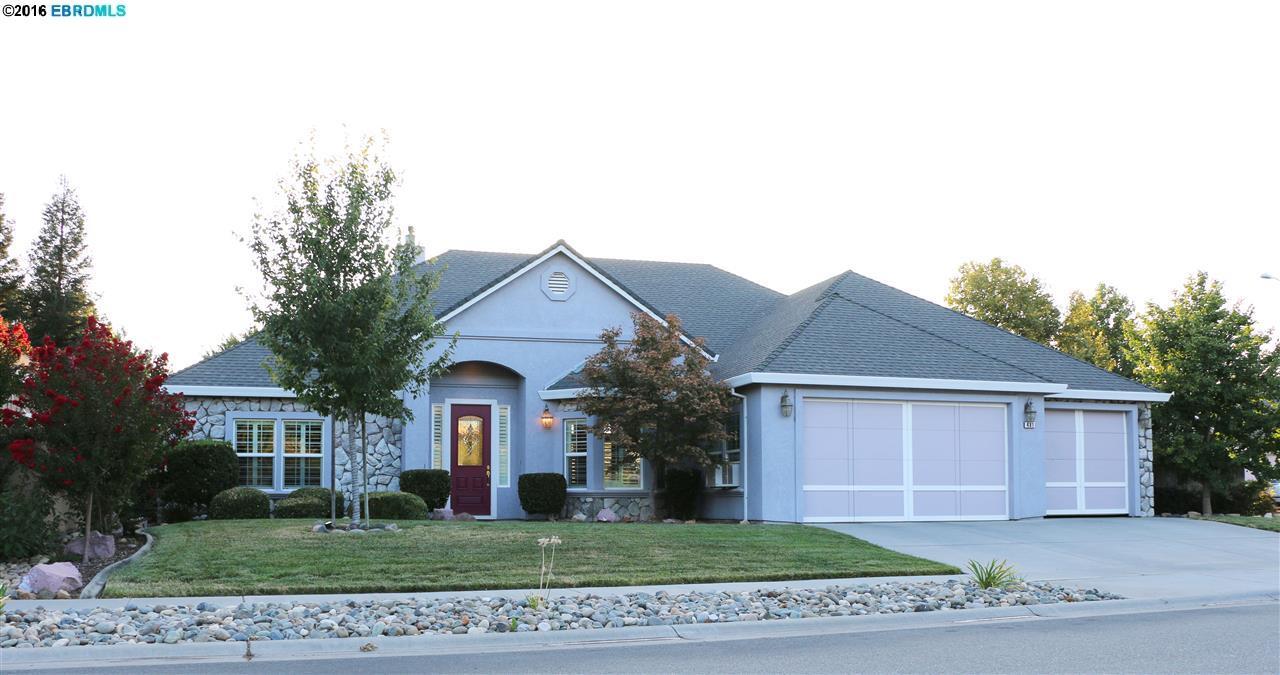 Einfamilienhaus für Verkauf beim 481 Southbury Lane Chico, Kalifornien 95973 Vereinigte Staaten