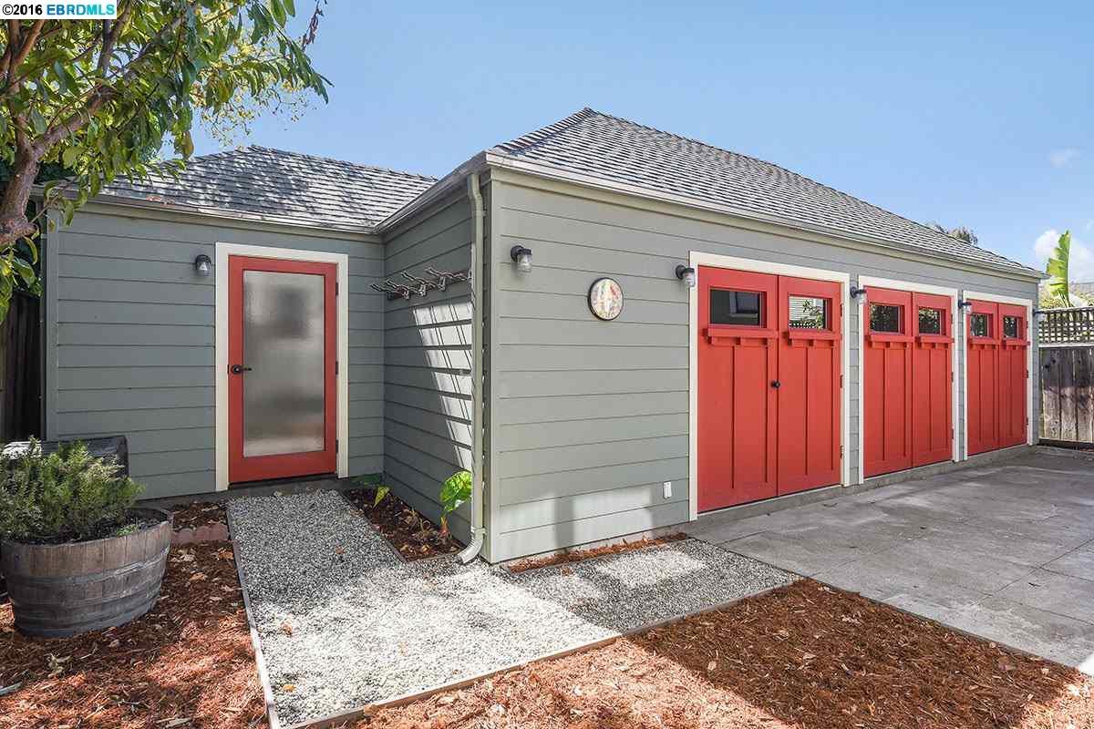 Additional photo for property listing at 443 62nd Street  Oakland, Калифорния 94609 Соединенные Штаты