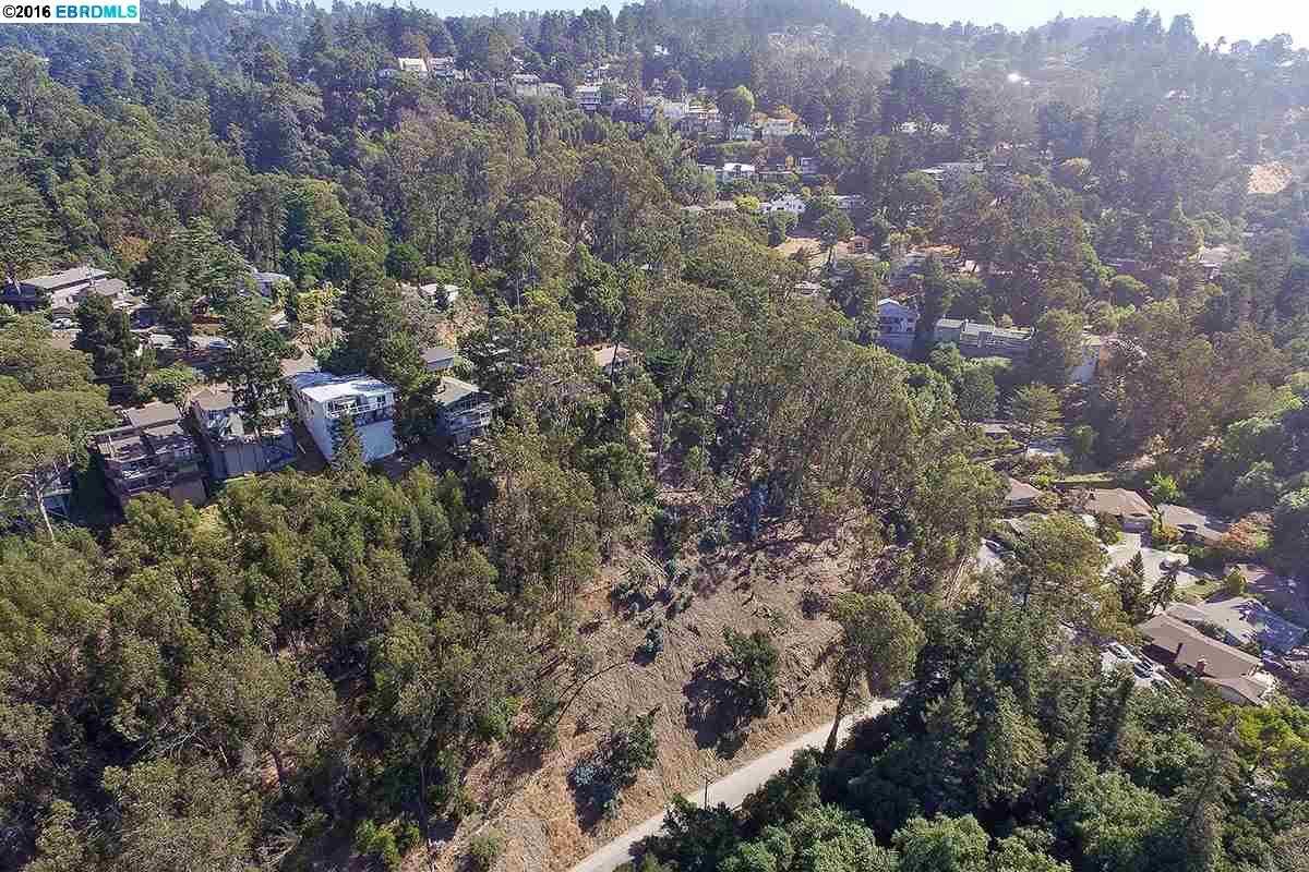Additional photo for property listing at Scout Road Scout Road Oakland, Californie 94611 États-Unis