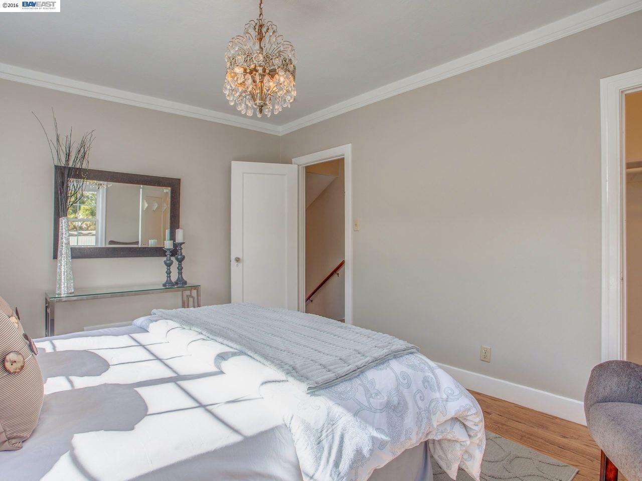 Additional photo for property listing at 2441 Otis Drive  Alameda, California 94501 Estados Unidos