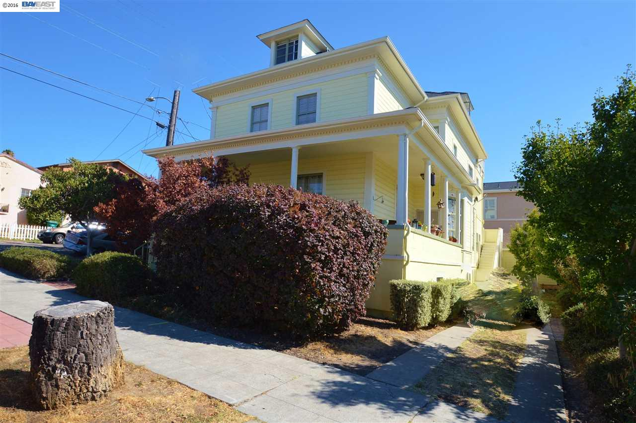 Additional photo for property listing at 3084 22nd Avenue 3084 22nd Avenue Oakland, California 94602 Estados Unidos