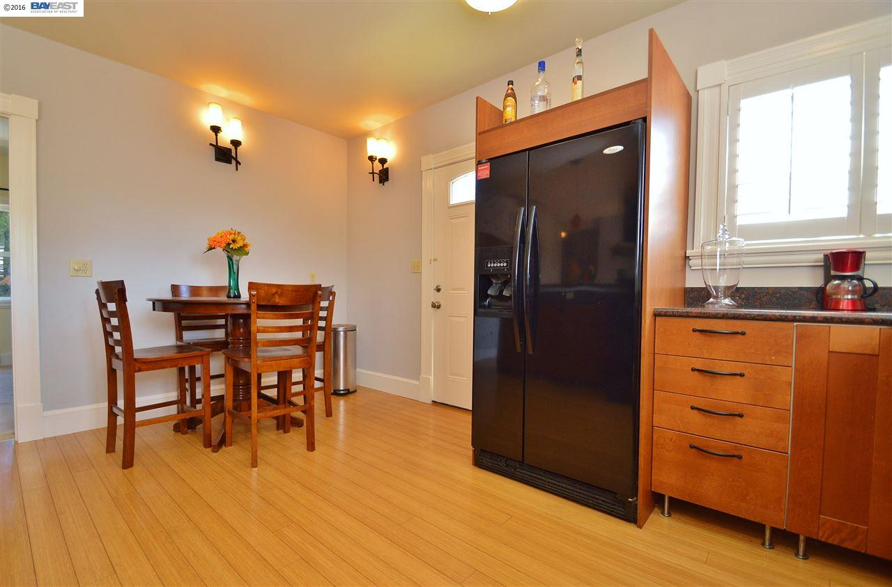 Additional photo for property listing at 3084 22nd Avenue 3084 22nd Avenue Oakland, 加利福尼亞州 94602 美國