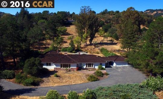 Casa Unifamiliar por un Venta en 3494 Black Hawk Road Lafayette, California 94549 Estados Unidos