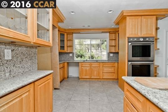 Additional photo for property listing at 3494 Black Hawk Road  Lafayette, Californie 94549 États-Unis
