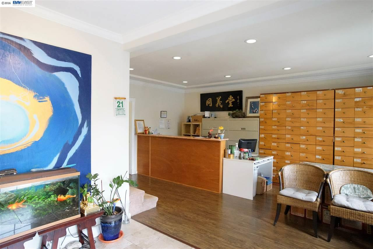 Additional photo for property listing at 37957 Fremont Blvd  Fremont, 加利福尼亞州 94536 美國