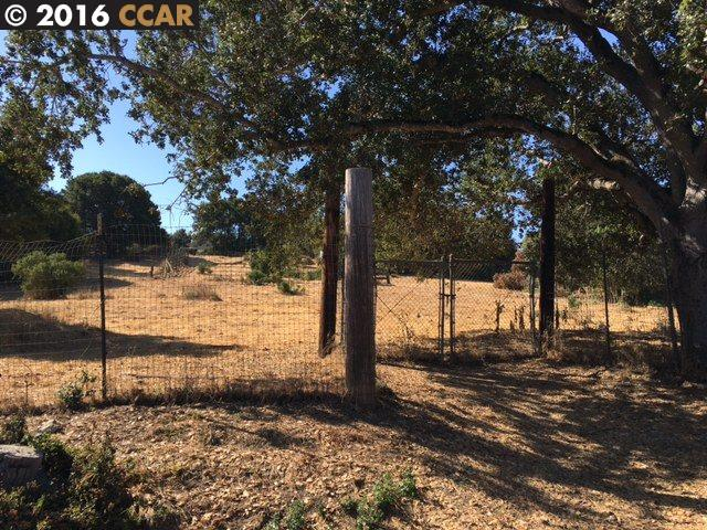 Land for Sale at 2100 East Avenue Hayward, California 94541 United States