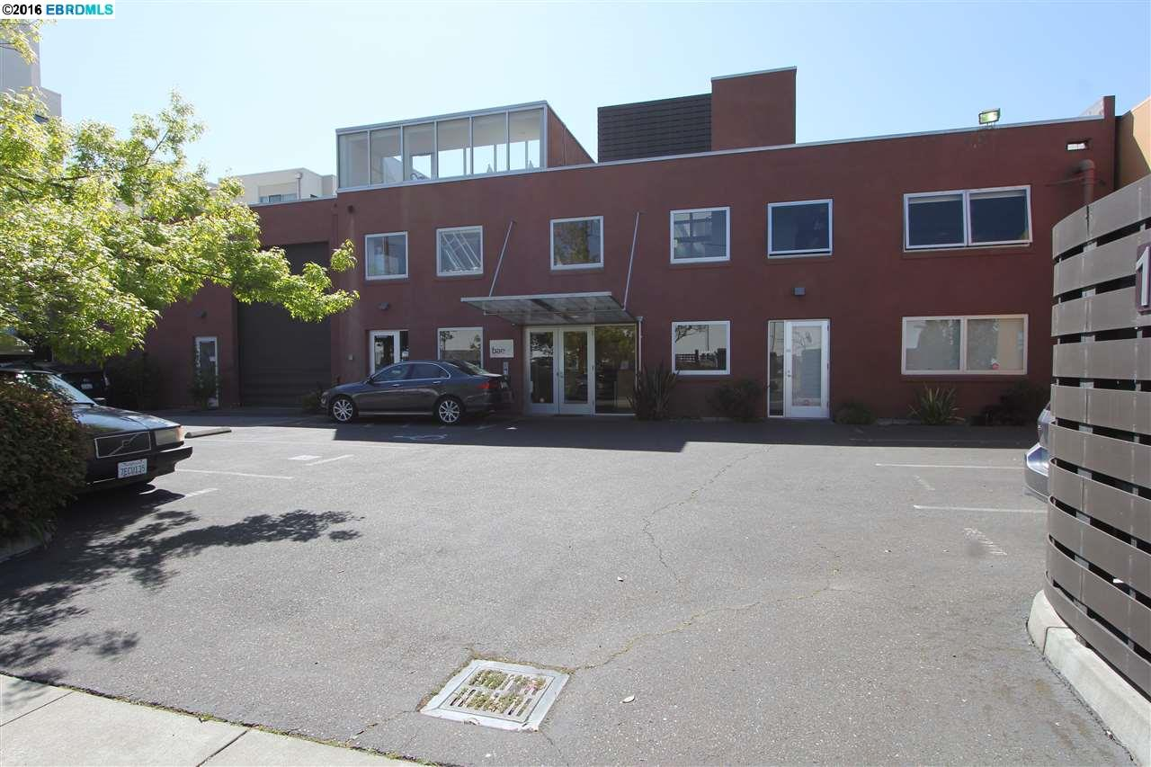 Частный односемейный дом для того Аренда на 1285 66th Street Emeryville, Калифорния 94608 Соединенные Штаты