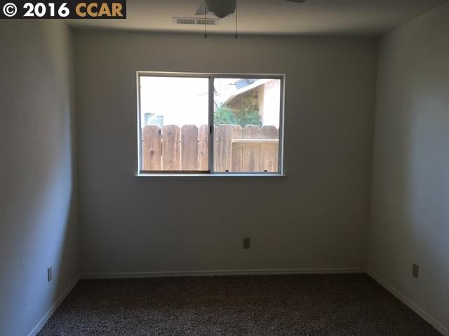 Additional photo for property listing at 1825 Blueridge Court 1825 Blueridge Court Modesto, Kalifornien 95351 Vereinigte Staaten