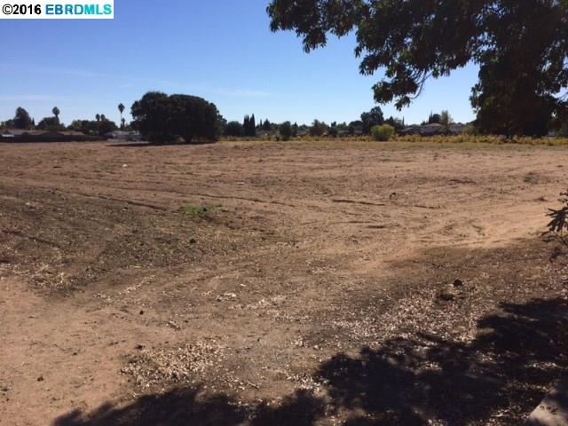 Additional photo for property listing at Main Street Main Street Oakley, Californie 94561 États-Unis