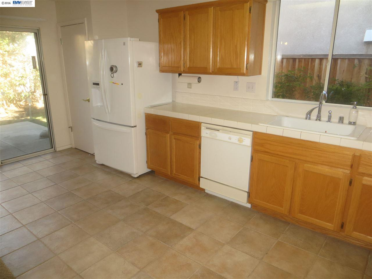 Additional photo for property listing at 485 Pescadero Avenue  Tracy, California 95376 United States