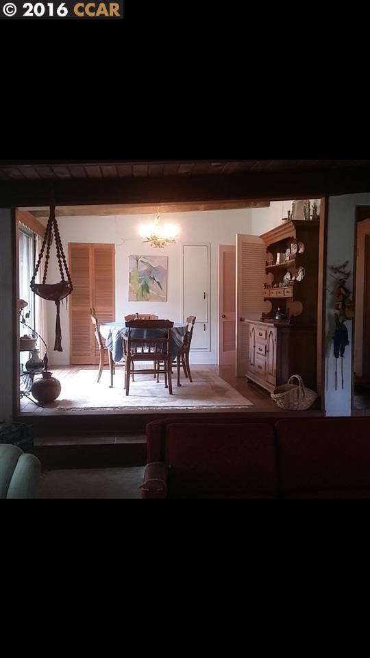 Additional photo for property listing at 2116 Stewart Avenue  Walnut Creek, Californie 94596 États-Unis