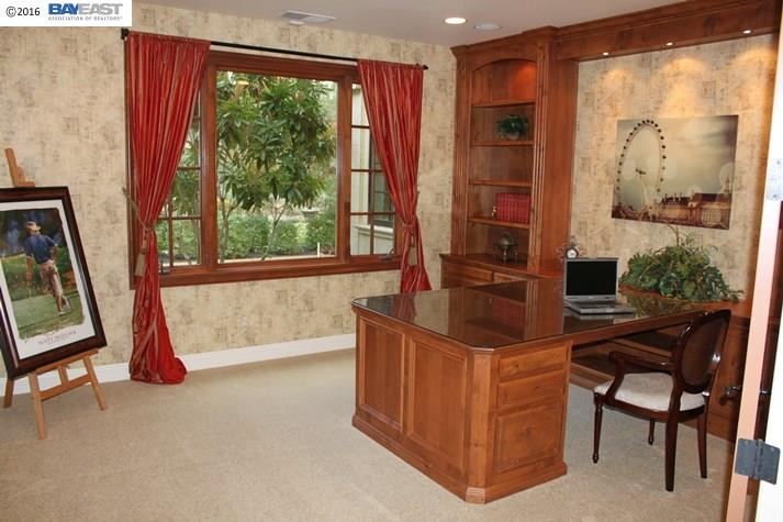Additional photo for property listing at 8113 War Glory Place  Pleasanton, California 94588 United States