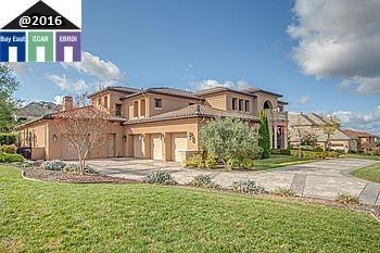Частный односемейный дом для того Продажа на 3757 Selvante Street Pleasanton, Калифорния 94566 Соединенные Штаты
