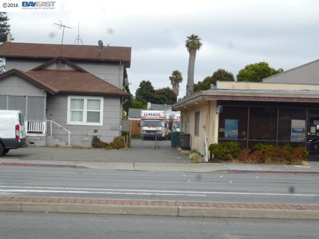 Commercial for Sale at 15548 Hesperian Blvd San Lorenzo, California 94580 United States