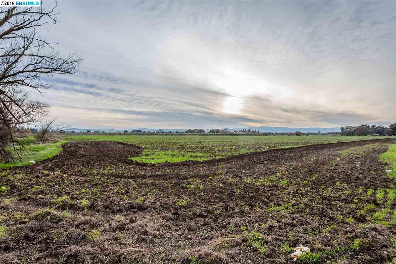 Land for Sale at 3515 Willow Way Byron, California 94505 United States