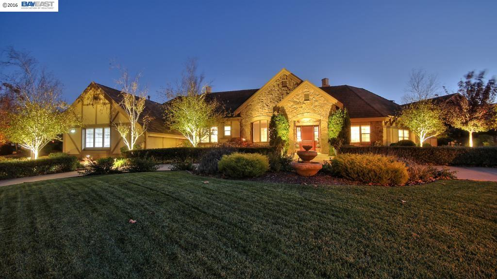 Single Family Home for Sale at 3505 VILLERO COURT Pleasanton, California 94566 United States