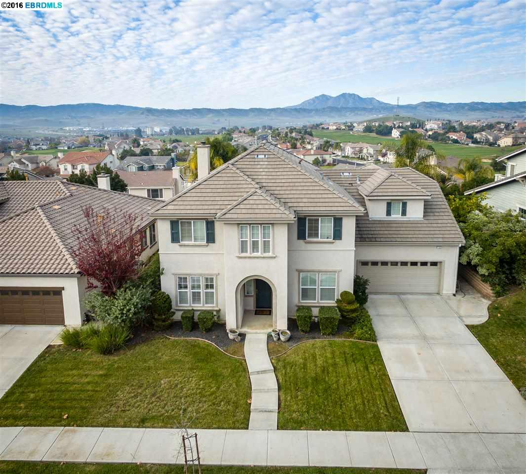 155 E Country Club Dr, BRENTWOOD, CA 94513