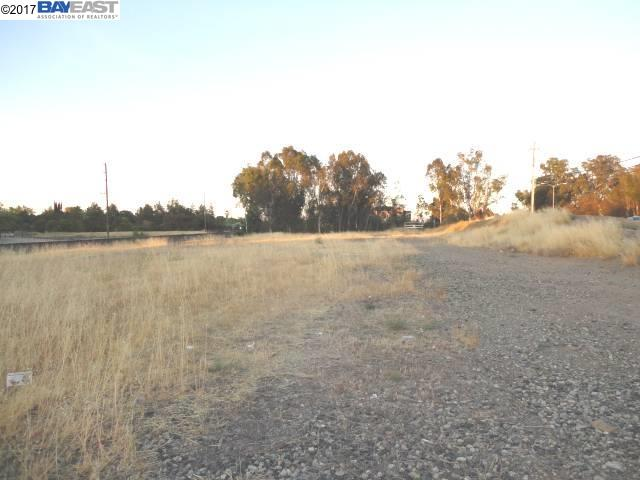 Additional photo for property listing at E Stanley Blvd E Stanley Blvd Livermore, カリフォルニア 94550 アメリカ合衆国