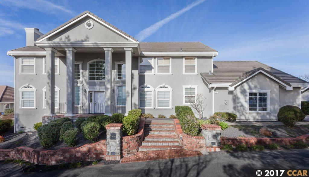 Single Family Home for Sale at 41 Walnut View Place Walnut Creek, California 94597 United States