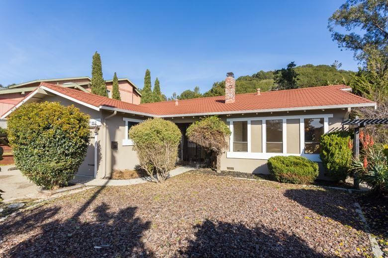 Частный односемейный дом для того Продажа на 1956 Heath Drive El Sobrante, Калифорния 94803 Соединенные Штаты