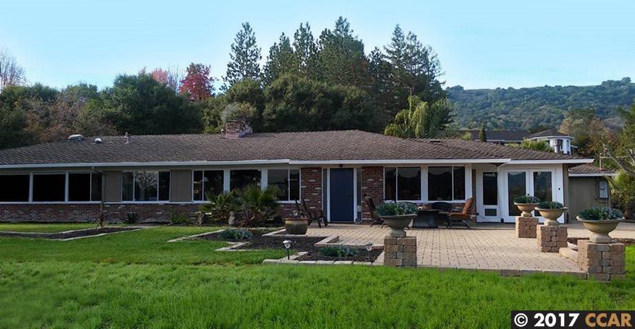 Single Family Home for Sale at 44 Mariposa Court Danville, California 94526 United States