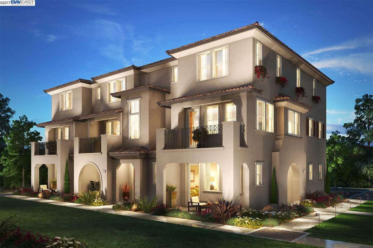 Appartement en copropriété pour l Vente à 34653 Acquaviva Terrace 34653 Acquaviva Terrace Fremont, Californie 94555 États-Unis