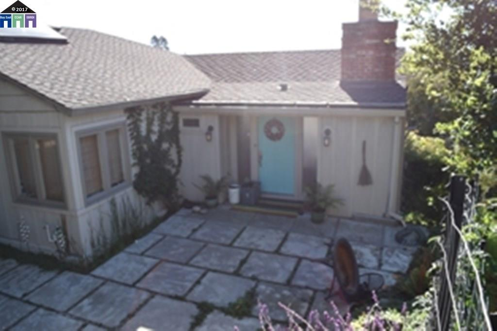 Single Family Home for Sale at 10 Marchant Court Kensington, California 94707 United States