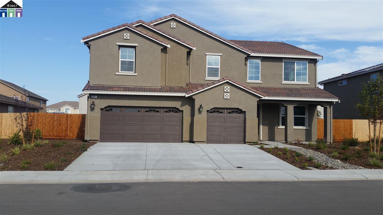 Maison unifamiliale pour l Vente à 867 emigrant Manteca, Californie 95337 États-Unis
